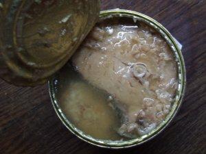 Легкий супчик из рыбной консервы