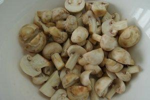Капуста, тушенная с грибами
