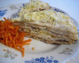 Закусочный торт с сардинами