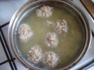 Суп из плавленного сырка с фрикадельками