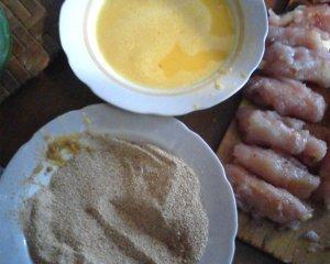 """Куриные """"пальчики"""" с ананасом и сыром"""