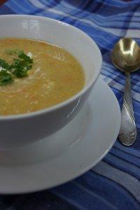 Гороховый суп с протертыми овощами