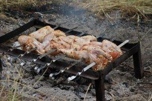 Куриные крылышки на мангале