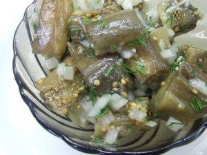 Салат закусочный из баклажанов
