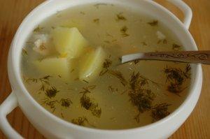 Суп легкий на курином бульоне