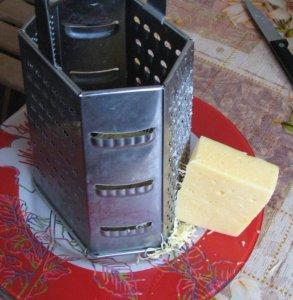 Цветная капуста с тертым сыром
