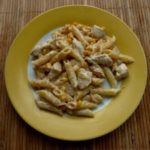 Паста с курицей и кукурузой